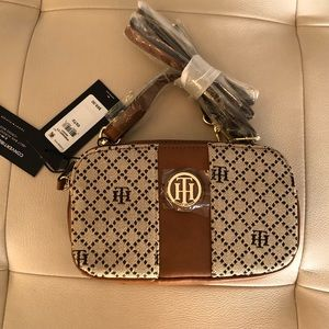 NWT Hilfiger convertible belt bag